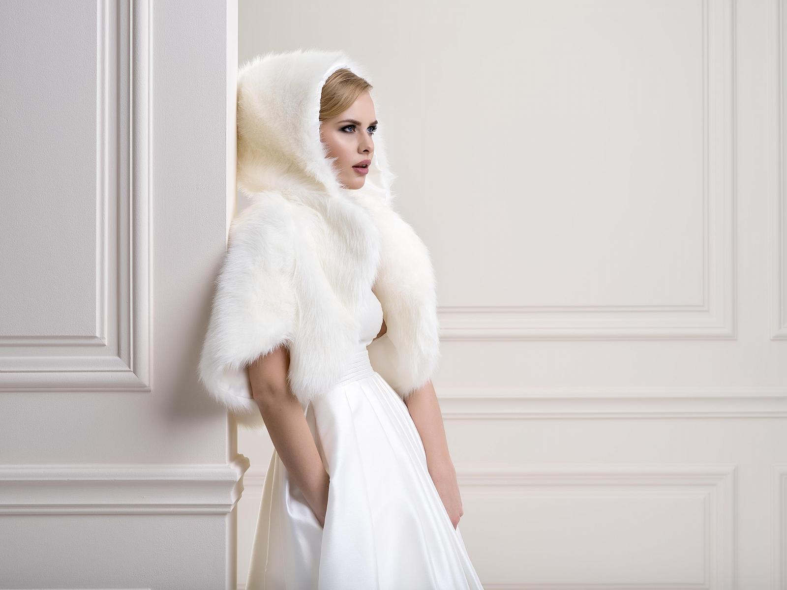 Fur Bridal Jacket FFJ80Front