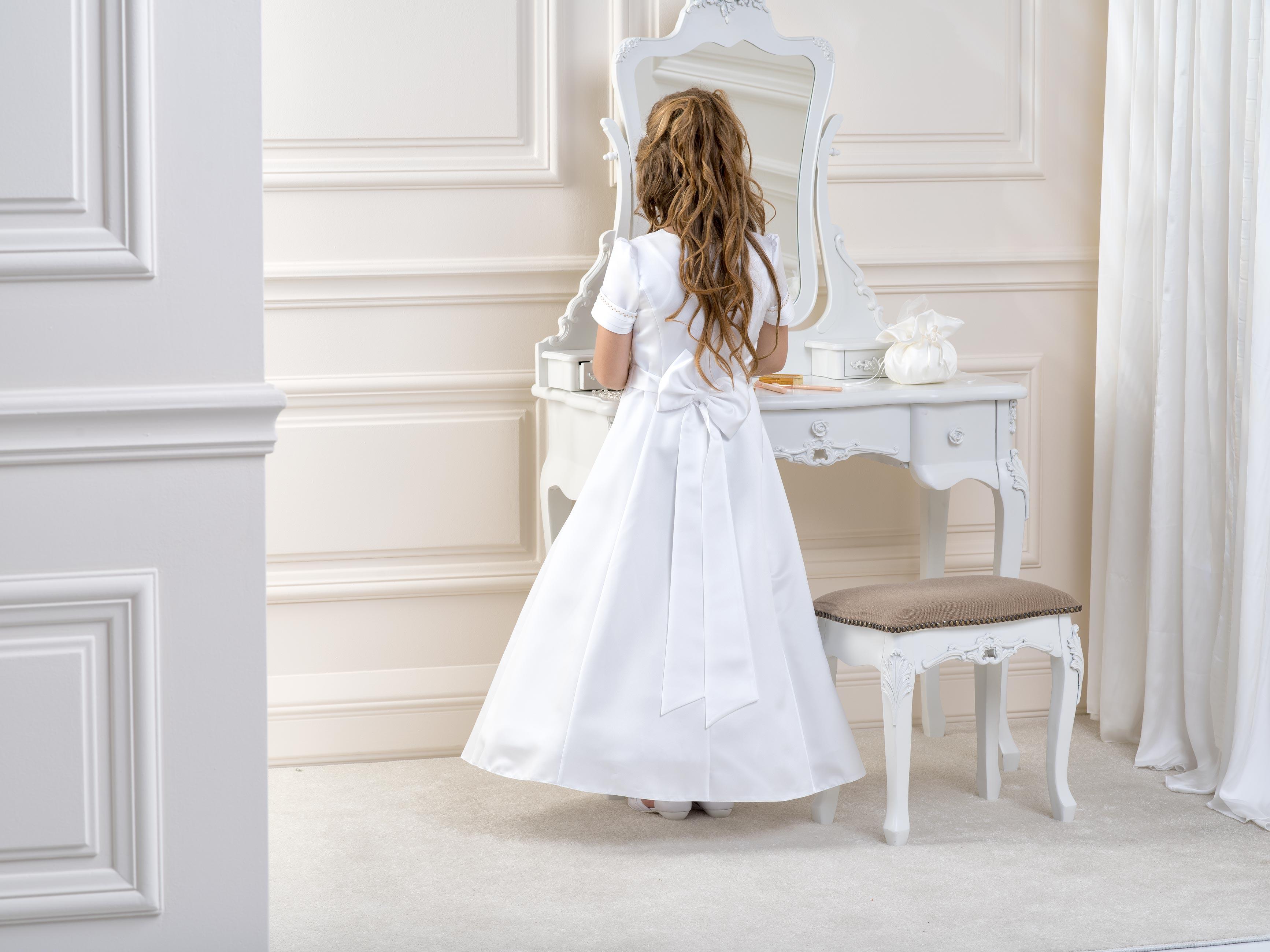 Flower girl/Communion Dress LB22back