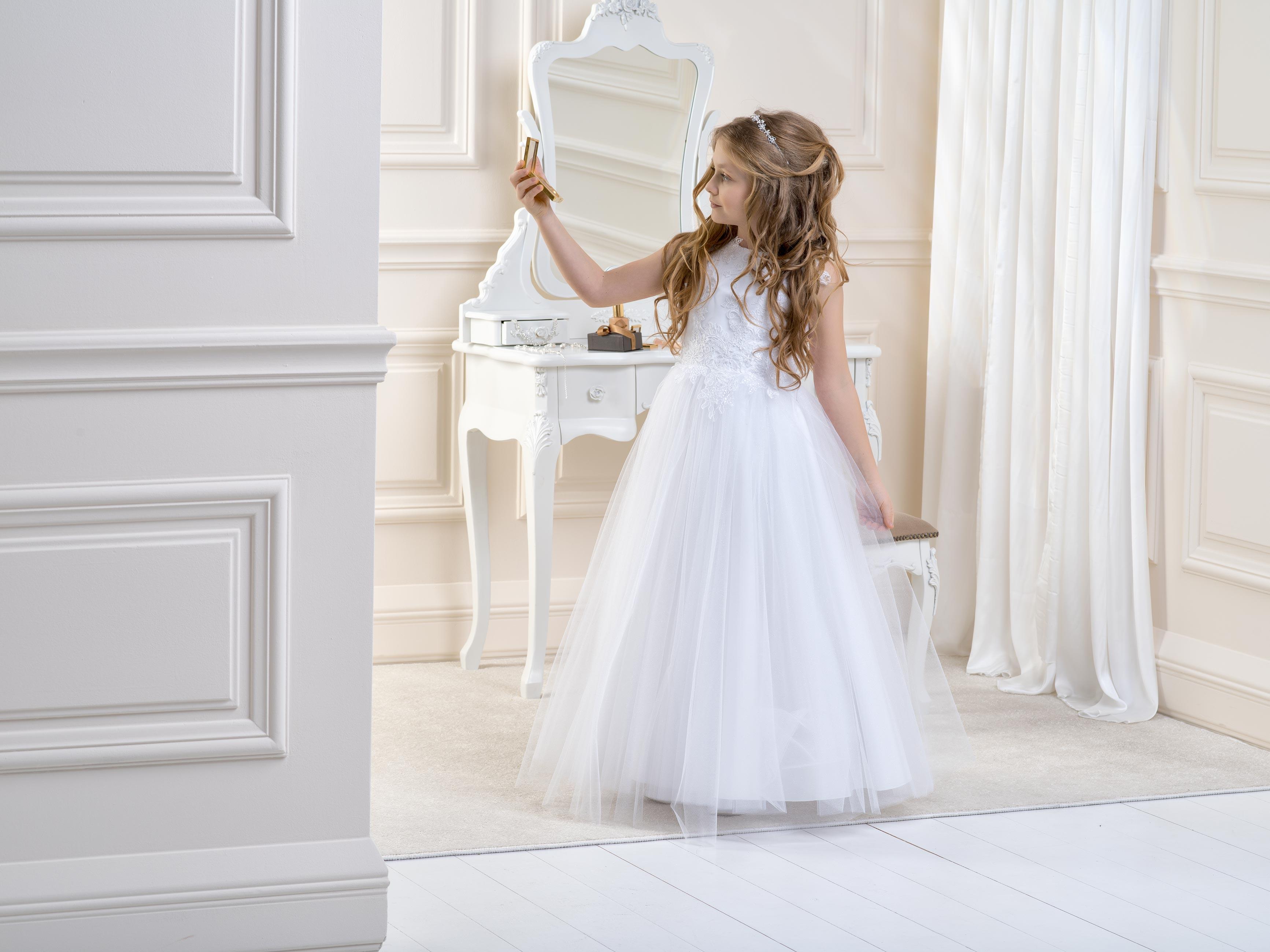 Flower Girl/Communion Dress LB01