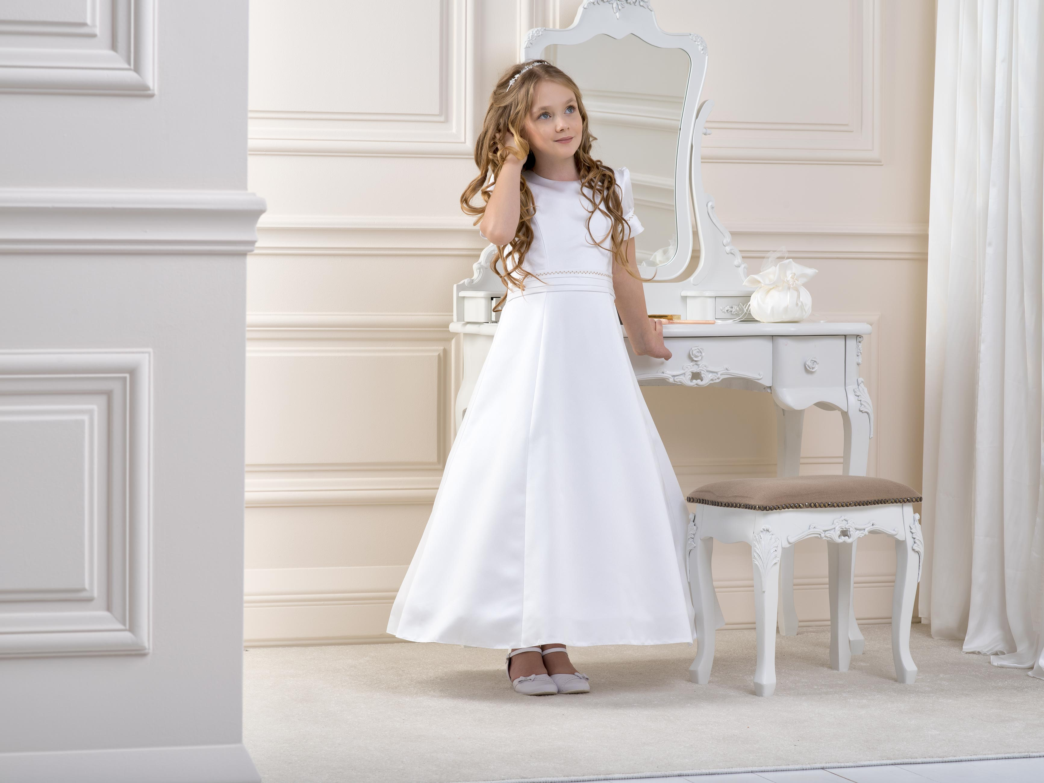 Flower Girl/Communion Dress LB22