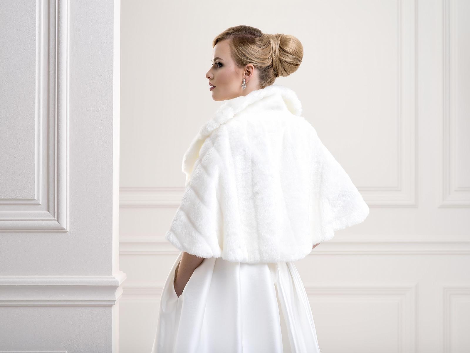 Fur Bridal Jacket FFJ24Back