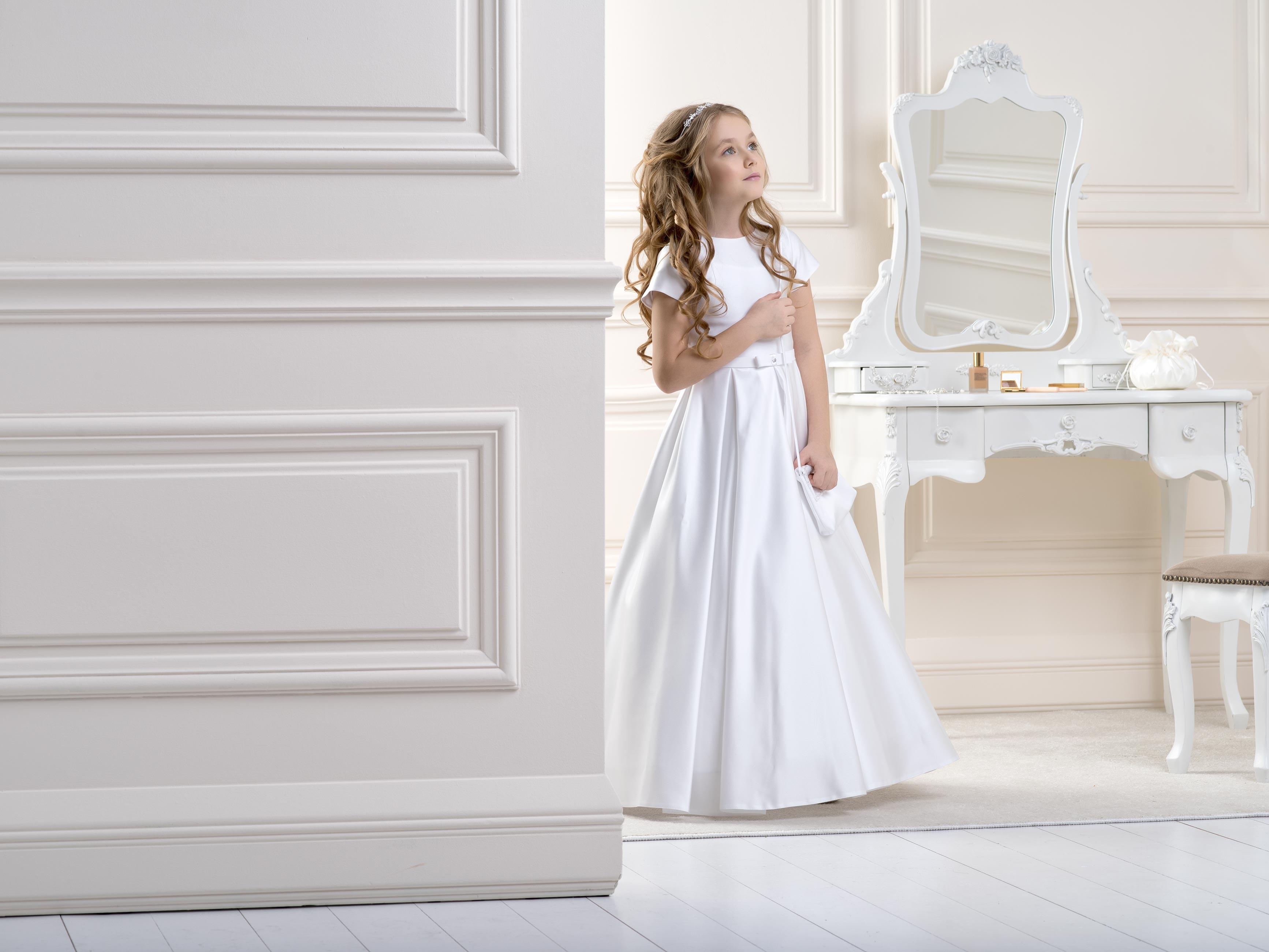Flower Girl/Communion Dress LB18