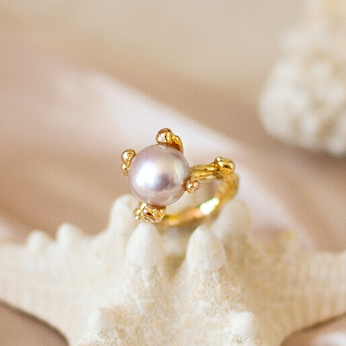 The Waves-Pronged Pearl Ring