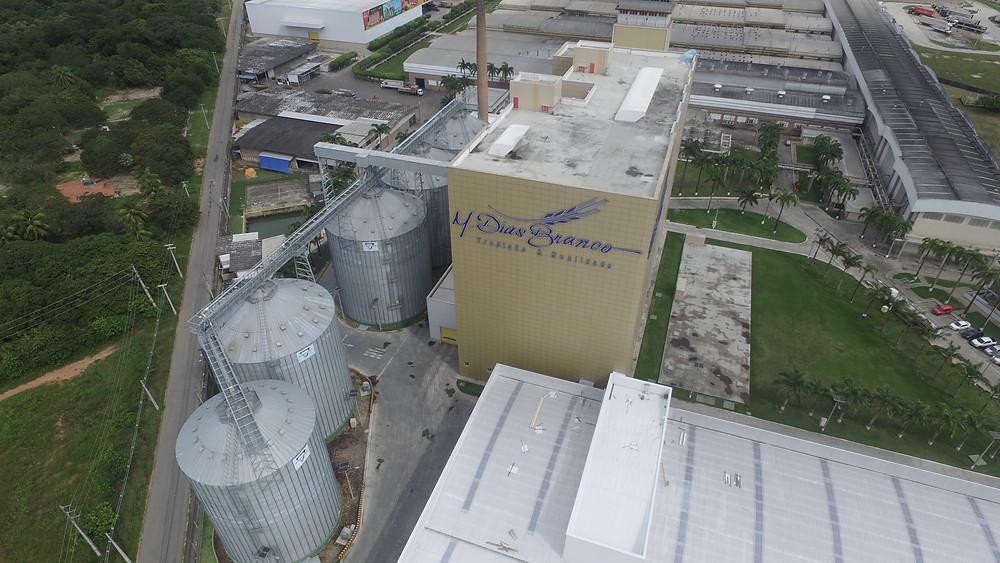 Vigilância com Drones em Fábricas e Indústrias