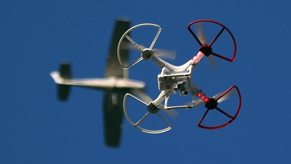 Drones nos aeroportos