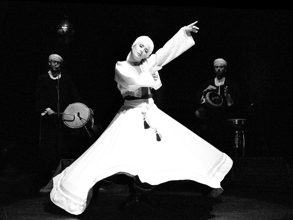 Giro Sufí con Música en directo