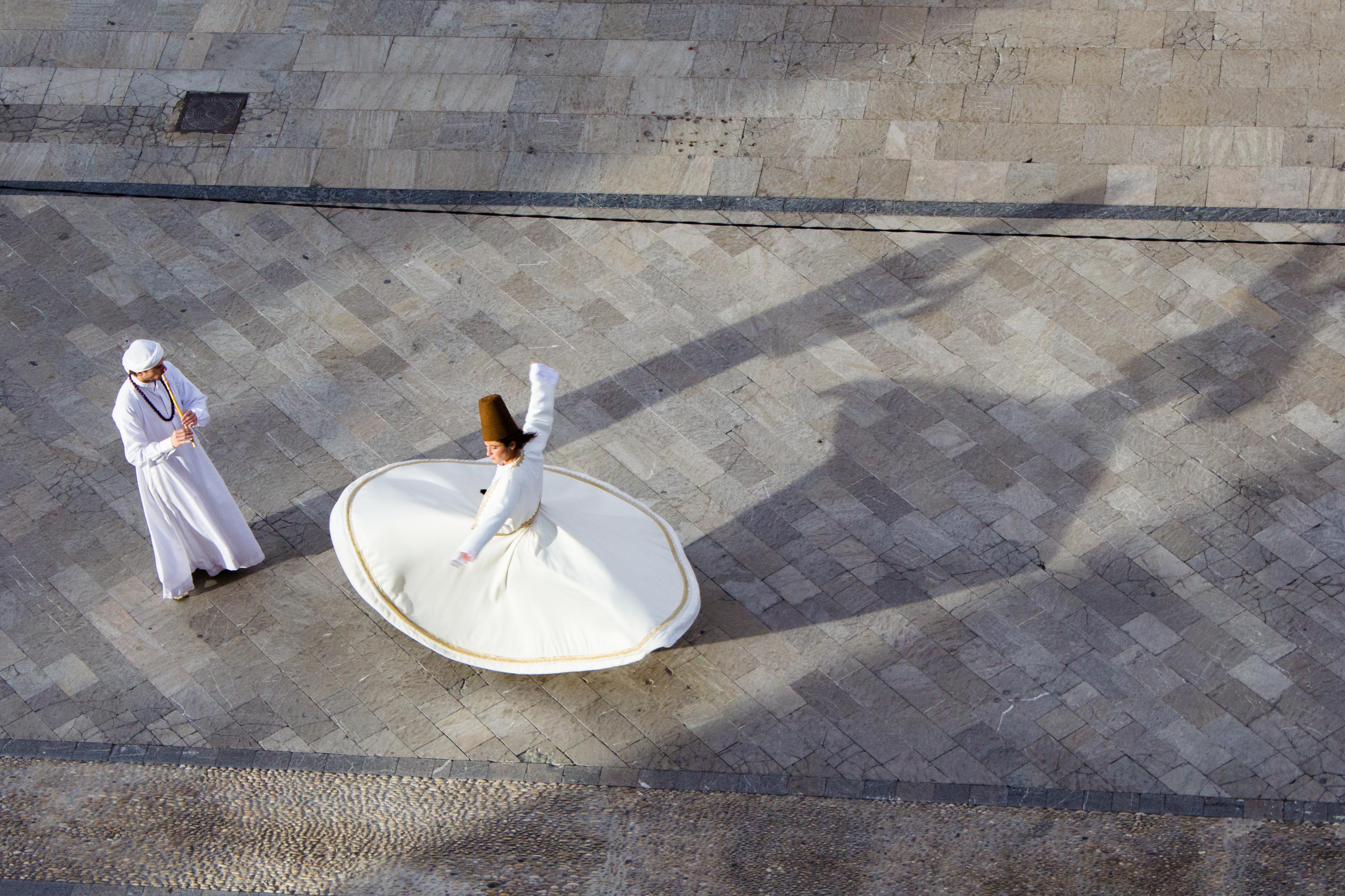 Mercedes Campello Giro Sufí