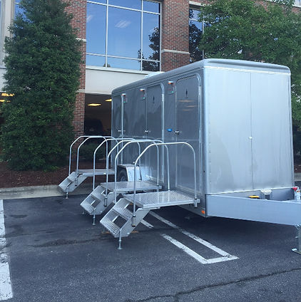 5 Reasons Elegant Johns Mobile Bathroom Breaks the Porta ...