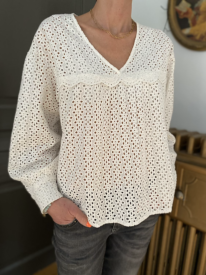 Blouse en broderie anglaise I CODE