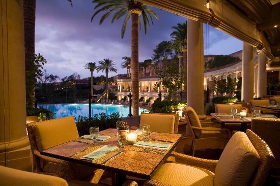 coliseum-pool-grill-terrace.jpg