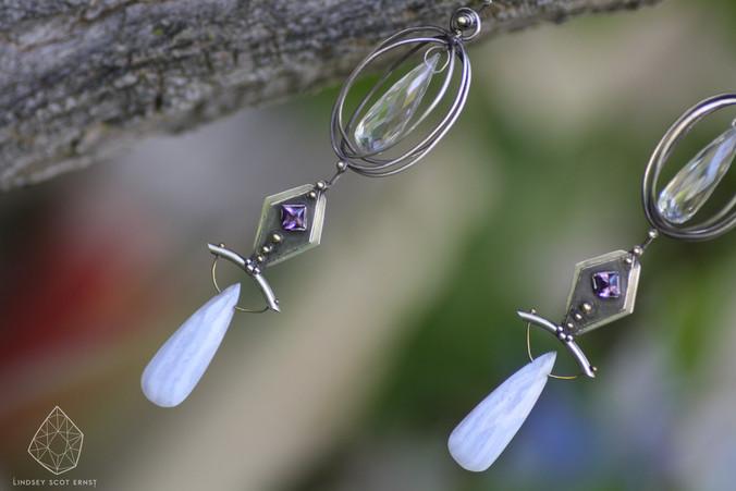Air_Earrings_1.jpg