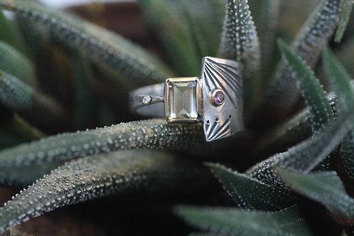 Bamboo Heliodor, Diamond and Garnet Ring