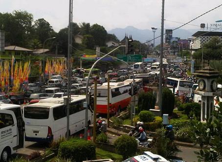 Rawan Macet, Polisi Imbau Pengendara Hindari Jalur Puncak Bogor