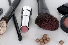 Neueste Make-Up Trends, professionell geschminkt. Schminkschulungen für Ihren perfekten Auftritt. Das Kosmetik-Studio Nr. 1 in Rheinfelden.