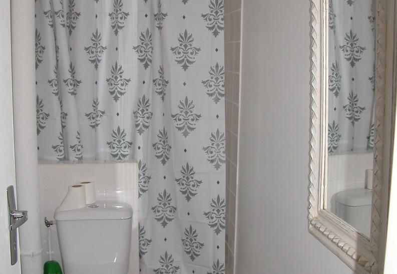 salle d'eau du dortoir.JPG