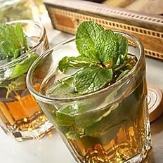 Thé maison à la menthe