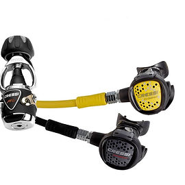 Scuba Diving regulator | 1st and 2nd stage |Cressi XS Compact MC9