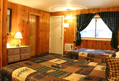 rustic one bedroom cabin at the sundowner on lake george that sleeps up to five people and includes a kitchen