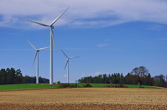 windmill-3322529_1920.jpg