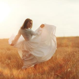 Danse dans les champs.png