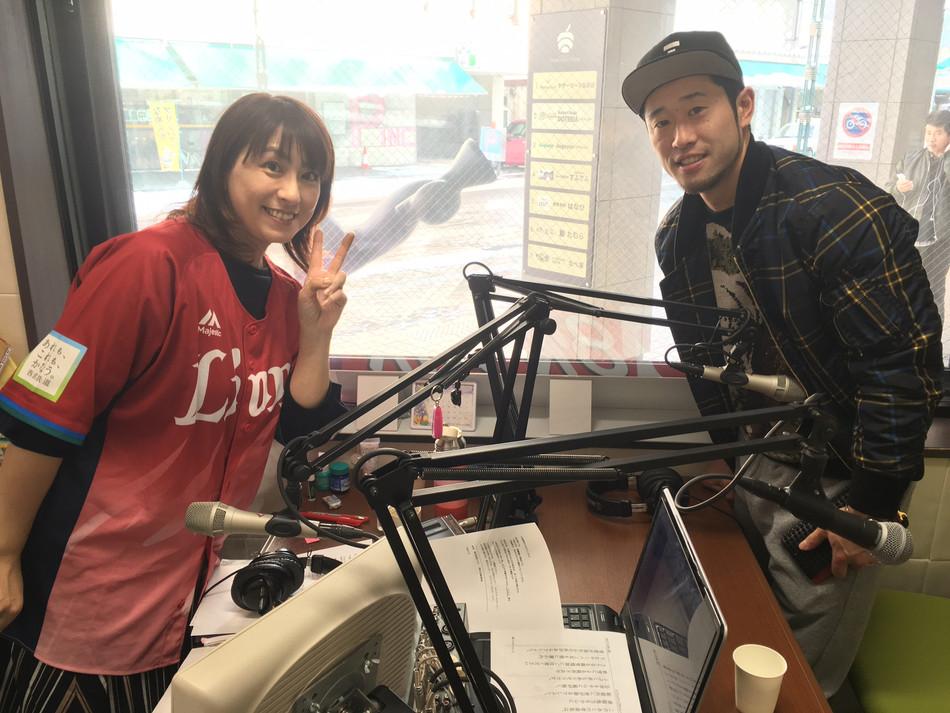 地元ラジオ番組に生出演!