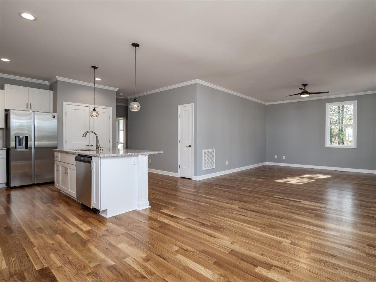 25-Living Area