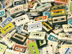 1367879_599948-pile-of-audio-tape-cassettes