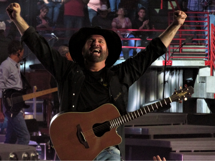 Dispatches from the Front - Garth Brooks