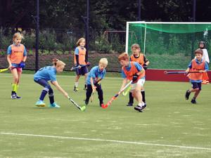 Struenkede-Hockey-01.jpg