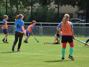 Struenkede-Hockey-02.jpg