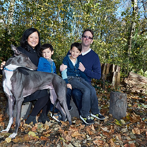 Thuy & Simon Family timeless