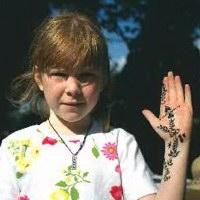 Henna Palm Design