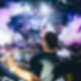 DJ, Party Dj oder Dj mit Live Vocals - Sängerin und Sänger oder mit Live Act wie z.B. Violinistin oder Saxophone (Saxofon)