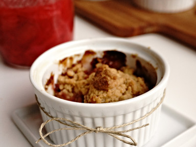 Rhubarb and Strawberry Crumbles | RECIPE