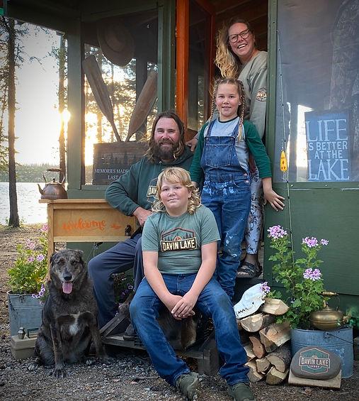 Davin Lake Lodge 2020 Family Porch Pic