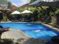 Pool hotel during diving safari, Piscine d'un hôtel
