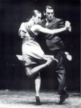 Mariachiara Michieli, Alejandro Aquino, Scuola Tangueros, Milano, lezioni di tango, corsi di tango, scuole di tango, Recuerdo, Teatro della Tosse, Chiqué, Loa Mareados, Osvaldo Pugliese, Buenos Aires, Patrizia Lanna