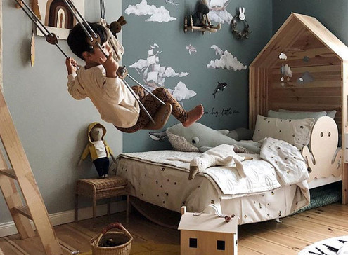 Kid's Spaces - All things Imaginary, Dress Up, and Artsy
