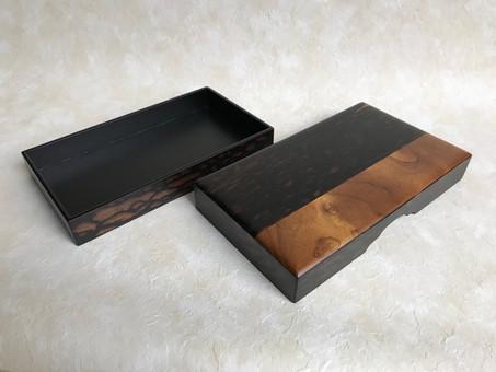 破損した硯箱が新しいデザインで蘇る