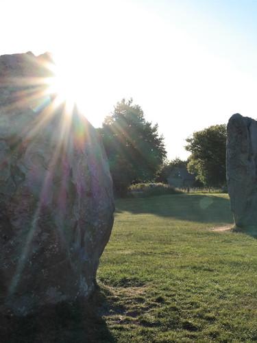 Sonnenuntergang beim Avebury Steinkreis, England
