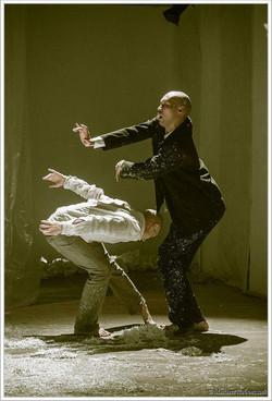 Around the heart in 40 min - ZERO Dance Gallery - K Grouss - 04.jpg