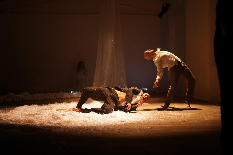 Around the heart in 40 min - ZERO Dance Gallery - K Grouss - 06.jpg