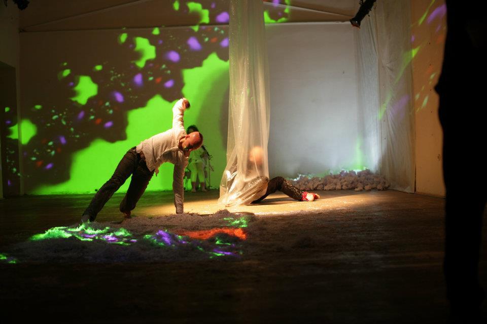 Around the heart in 40 min - ZERO Dance Gallery - K Grouss - 05.jpg