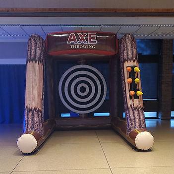 Axe Throwing Single