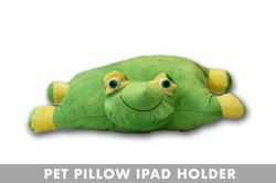 FROG PET PILLOW