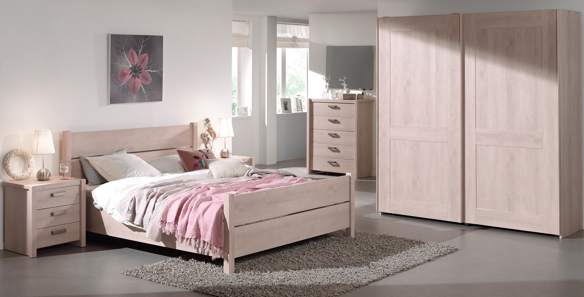 Iliana River Oak Bedroom Pic2