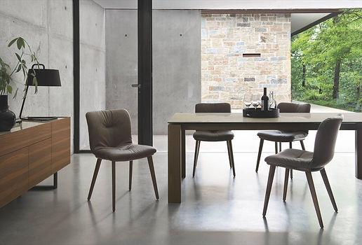 Calligaris Omnia Dining Table & Calligaris Annie Chairs