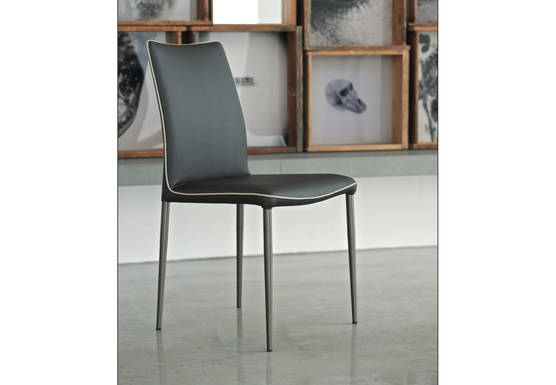 Nata Chair Pic1