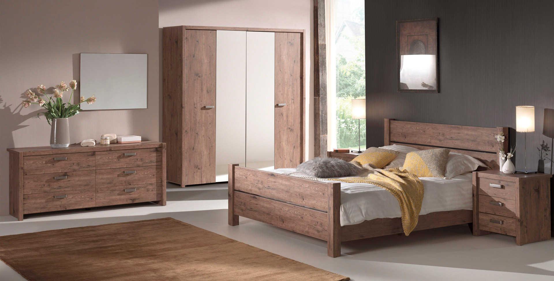 Iliana Pine Bedroom Pic1
