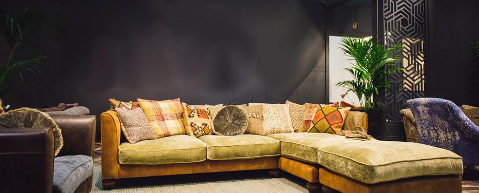 Lowry Sofa Pic1
